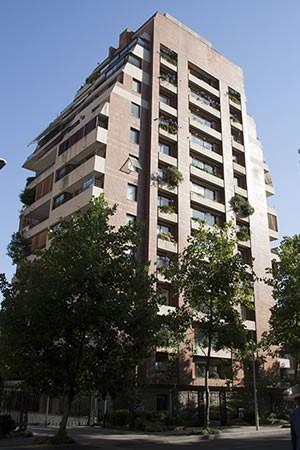 EDIFICIO PRESIDENTE RIESCO 4210 Y 4244